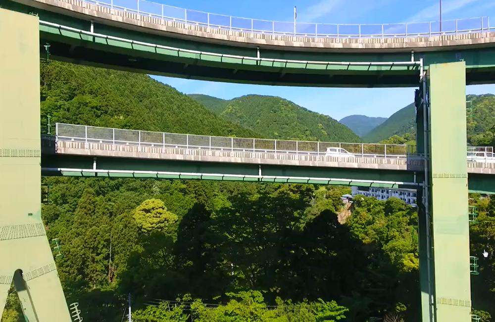 【ドローン活用事例5】静岡県の伊豆半島にて七滝高架橋を撮影